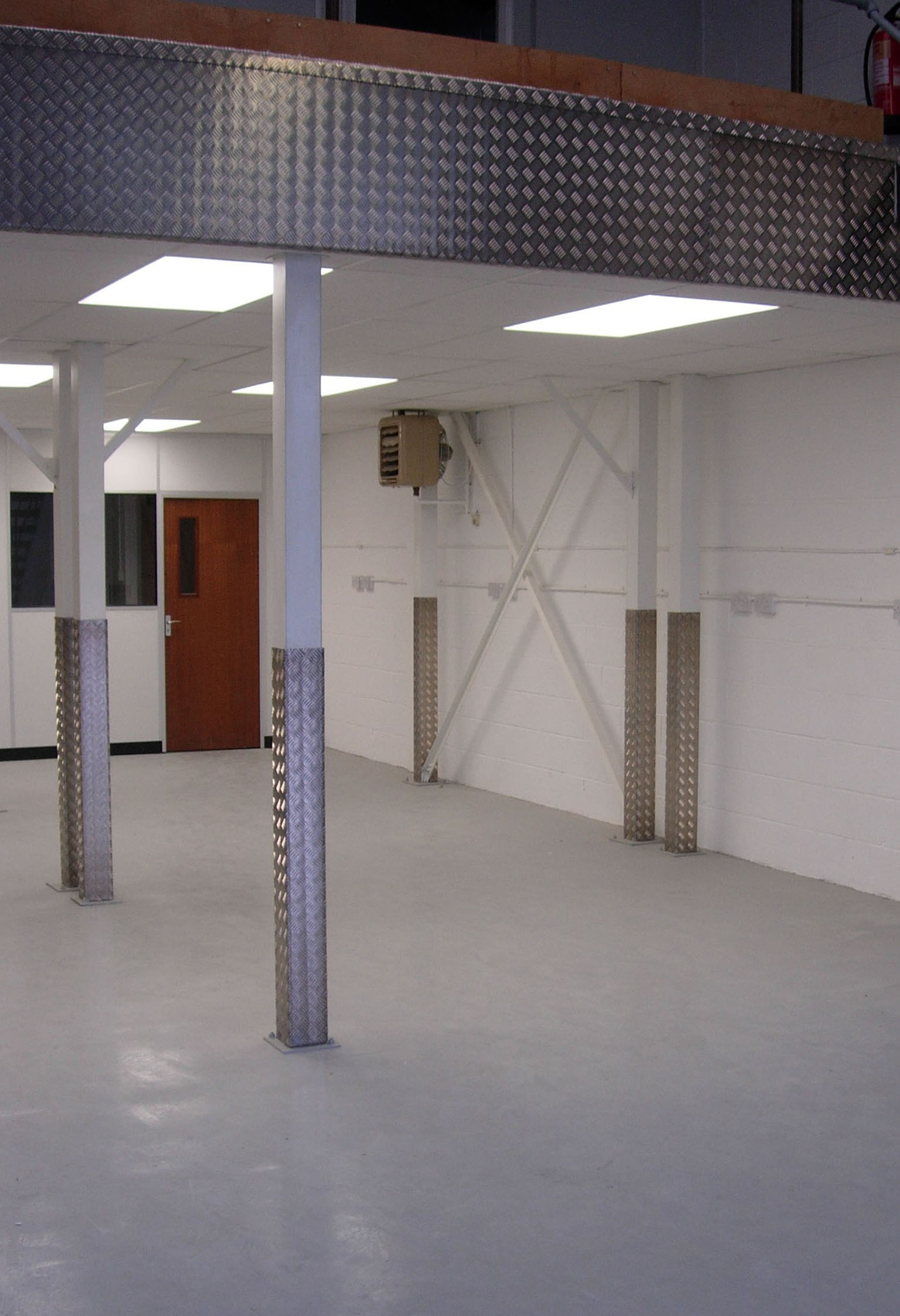 Residential Mezzanine Floor : Mezzanine floor building contractors to schools